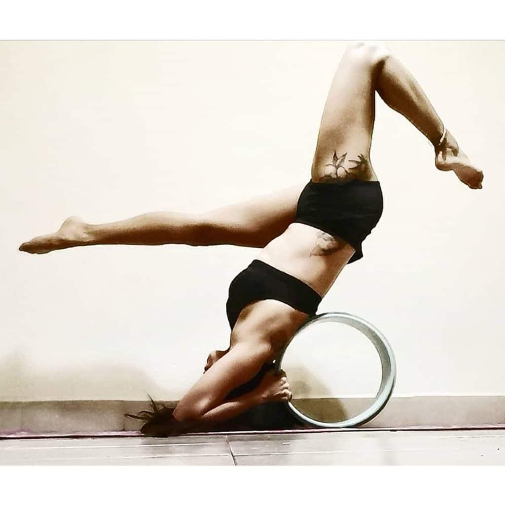 use yoga wheel