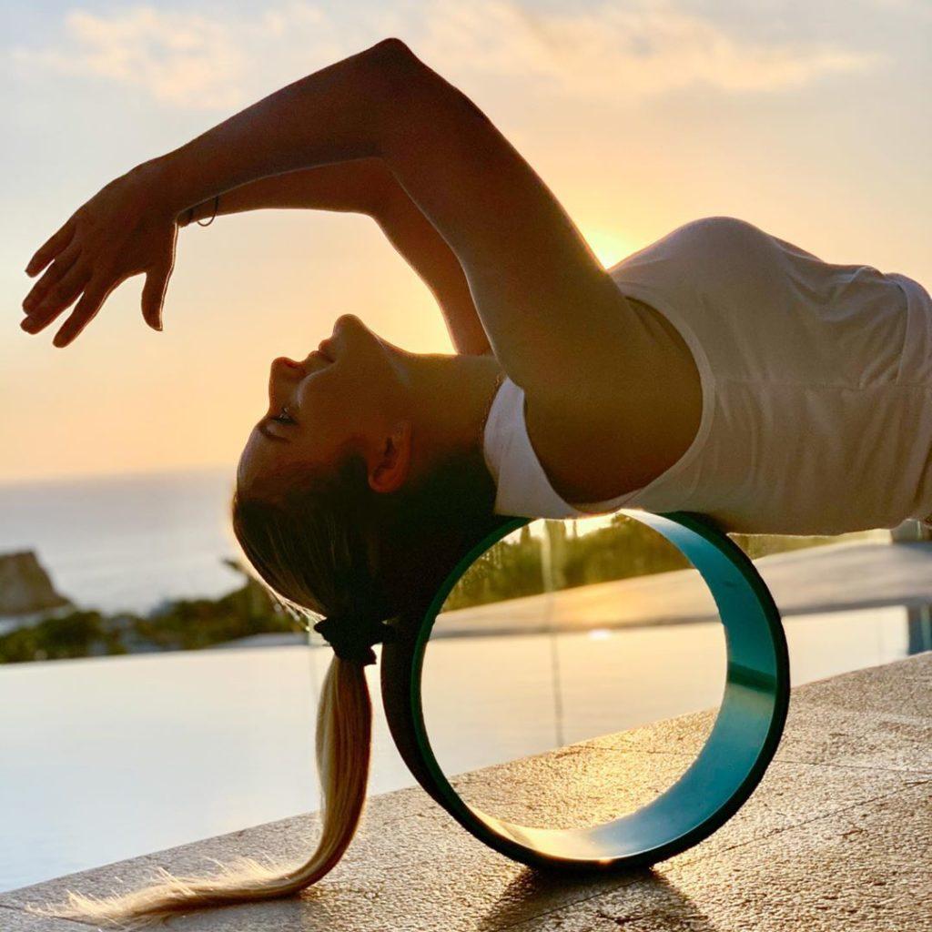 use yoga wheel at home